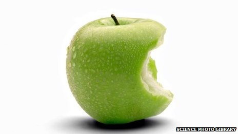_71820381_bitten_granny_smith_apple-spl-1